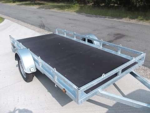 Aanhangwagen Helpo-HLM ongeremd, enkelas, HTG 750kg, type HLM 257.157/75EA- koets-motor openmodel € 690,00 ex btw