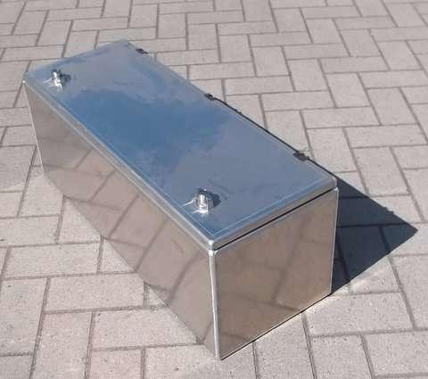 Gereedschapskist aluminium bovenmontage Helpo 800x300x300 mm incl 2x binnen zijwand lippen voor plank