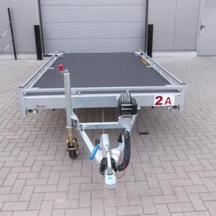 Verhuur nr 2A, autotransporter geremd, dubbelas, htg 2700kg, 4500mm x 2000mm, met oprijplaten dagprijs € 50,00